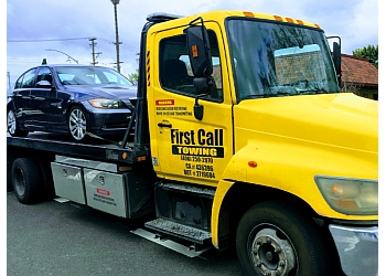 Hiring Towing Service for Tow Your Vehicle Safely